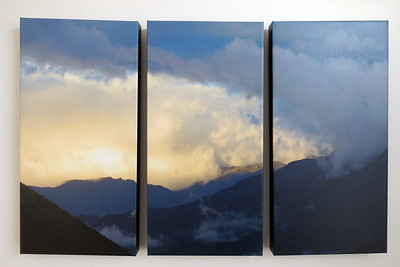 Ecuador sunset clouds