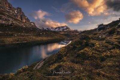 Autumn magic in the Alps