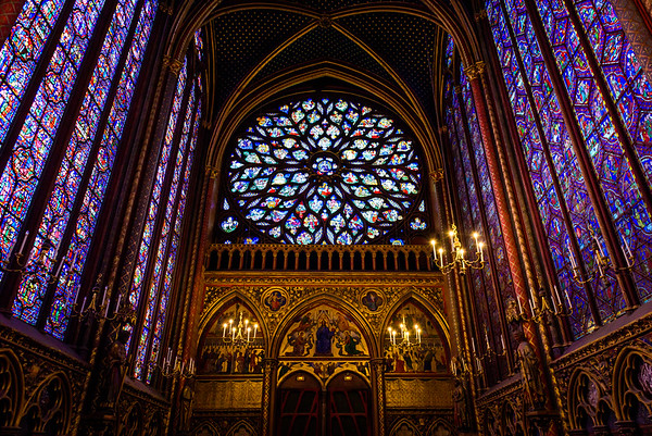 Facing the rear of Sainte-Chapelle