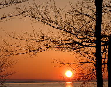 """Spring Sunset. Even with the warm tones, it was very cold out. This is available as an 11"""" x 14"""" print."""