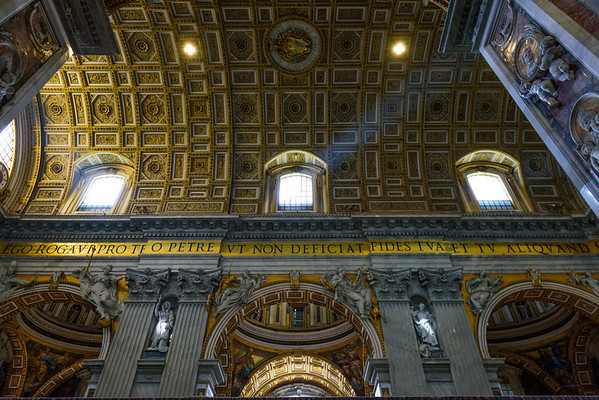 Ceiling above the nave in St. Peter's Basilica