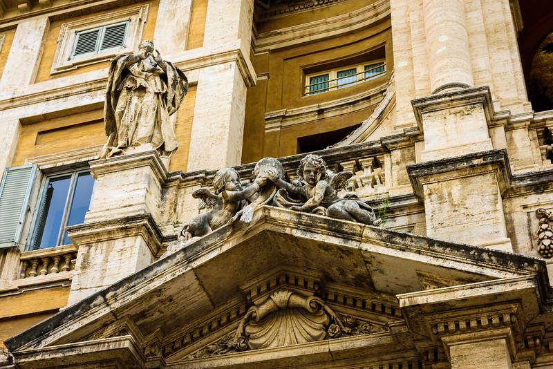 Santa Maria Maggiore - Above the Entrance