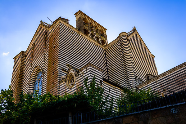 The back of the Orvieto Cathedral. You'd be forgiven for mistaking this for a different striped cathedral that is in Siena.