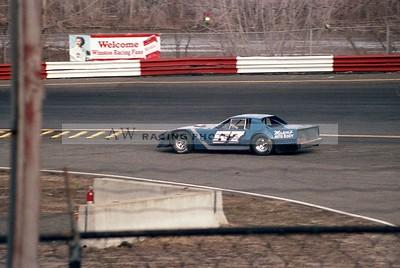 aw-Riverside Park--57-1985