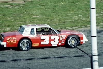 aw-Thompson-1983-24