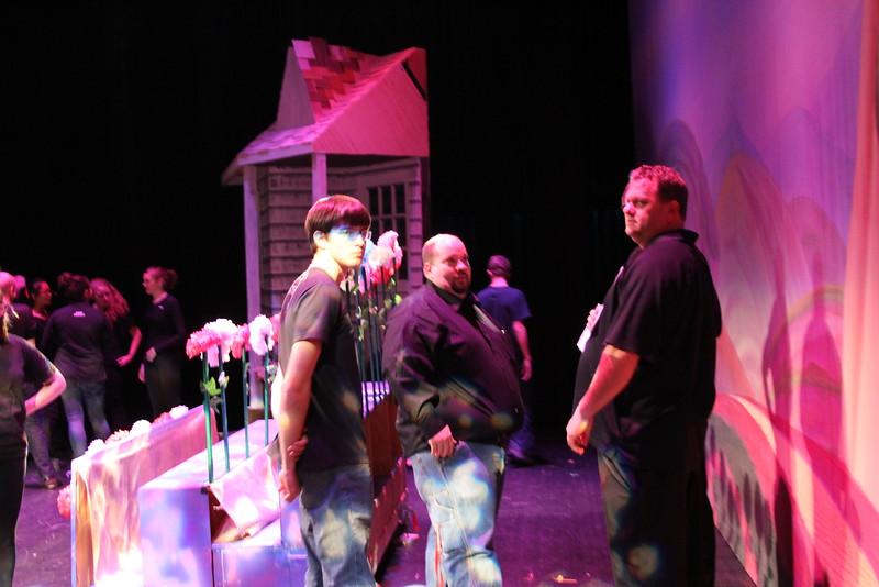 backstage-003