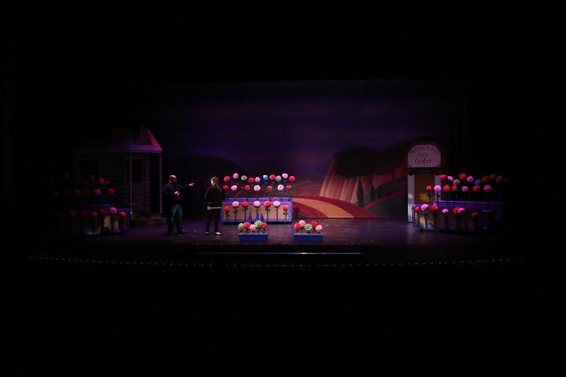 backstage-001
