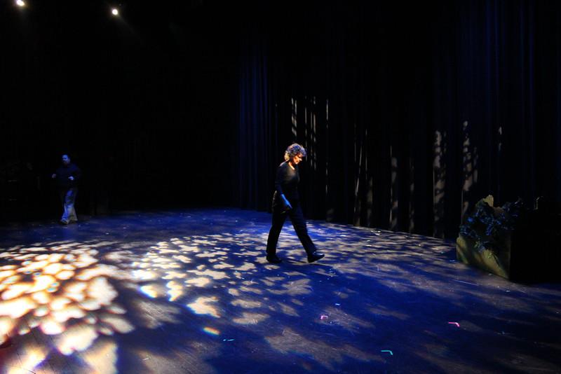 backstage-036