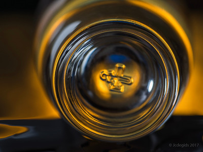 Rond_Oly50mmMacro_F5 6_18821-Editc_JD_LEO0317WI