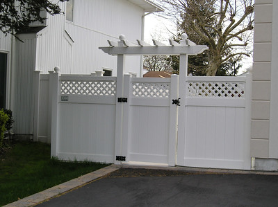 Hollingsworth Fence with Pergola