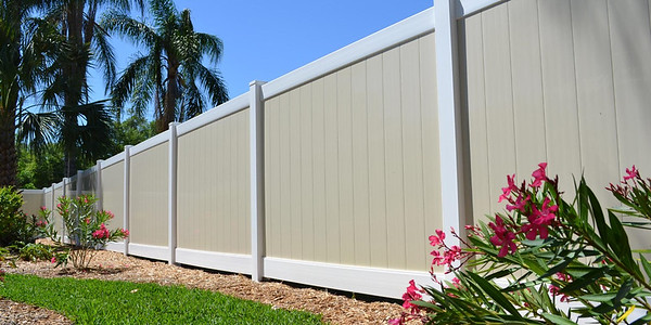 White and Almond Lakeland Fence