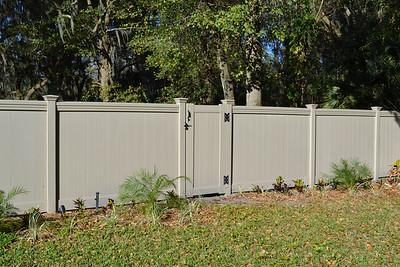 Adobe Lakeland Fence with Maxwell Rail
