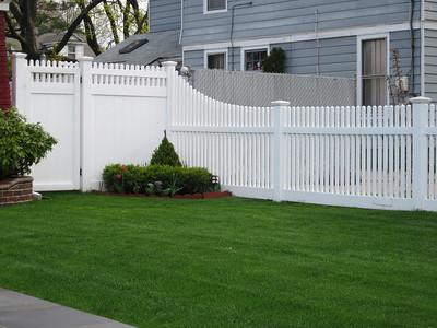 Montauk Point Straight and Hampton Straight Fence