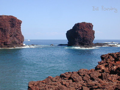 Lanai, Puu Pehe and Manele Bay