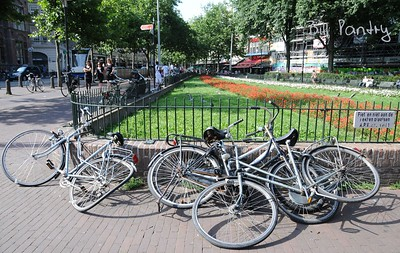 bicycle mess, Amsterdam