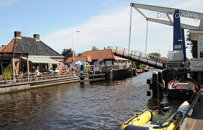on the water, day five, stop at Echtenerbrug