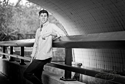 SENIOR_Collin-Fuchs_036_SCREEN-RES