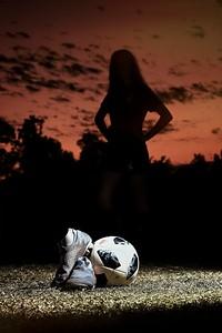 2019_TORI-SENIOR-Soccer47v1_HIRES-8x10