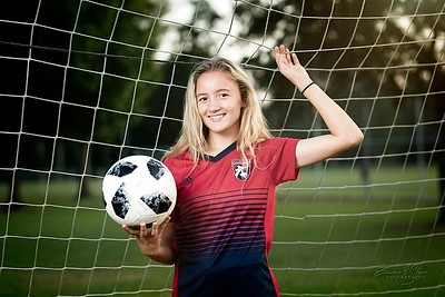 2019_TORI-SENIOR-Soccer11_SCREEN-RES-WM