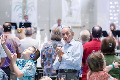 Bubbles_2018_SOJOY_Easter-Services-1065