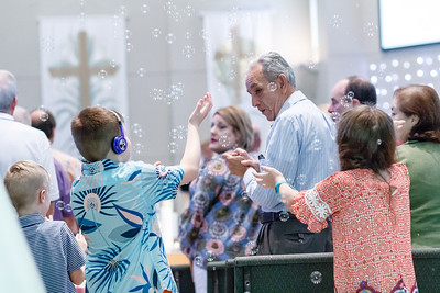 Bubbles_2018_SOJOY_Easter-Services-1063