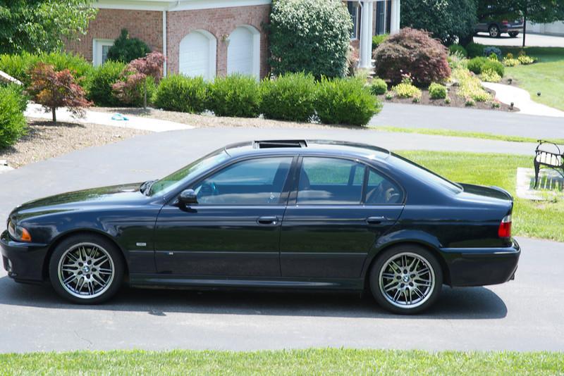 2003-BMW-M5-17