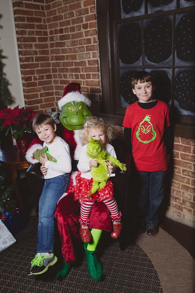 grinch-dec-13-cotton-cafe-0021