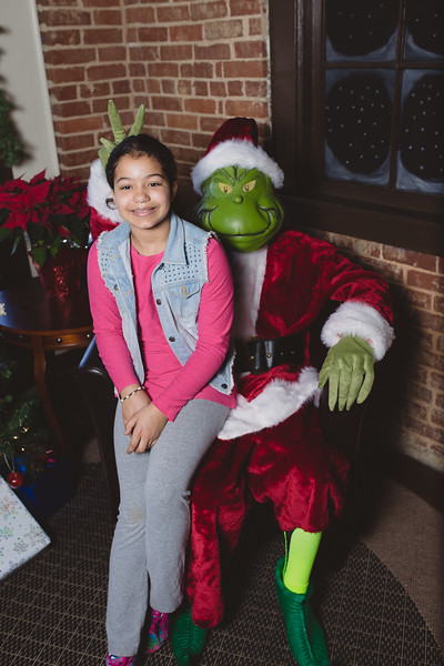 grinch-dec-13-cotton-cafe-0017
