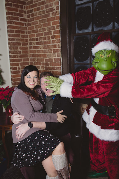 grinch-dec-13-cotton-cafe-0024