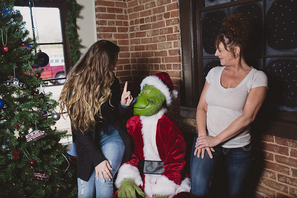 grinch-dec-13-cotton-cafe-0035
