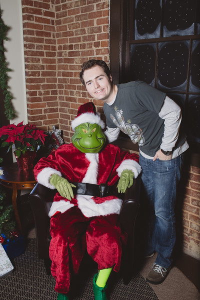 grinch-dec-13-cotton-cafe-0001