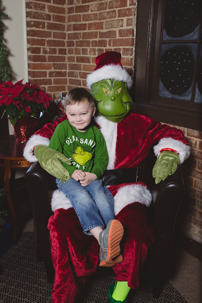 grinch-dec-13-cotton-cafe-0029