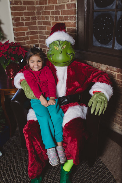 grinch-dec-13-cotton-cafe-0031