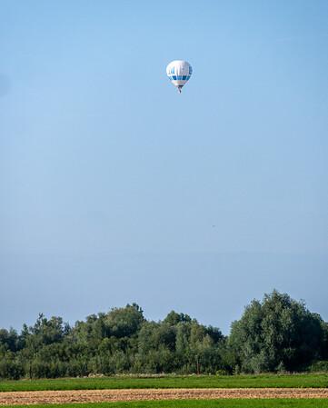 Hot air baloon sighting [Königsbrunn, Bayern, Deutschland]