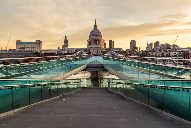 St Pauls Cathedral and Millenium Bridge from across the River Thames