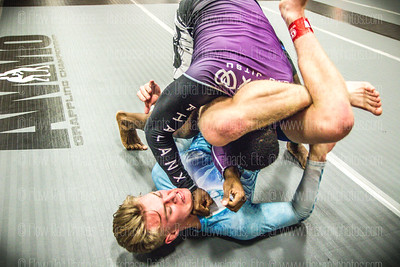 Ammo Grappling 074