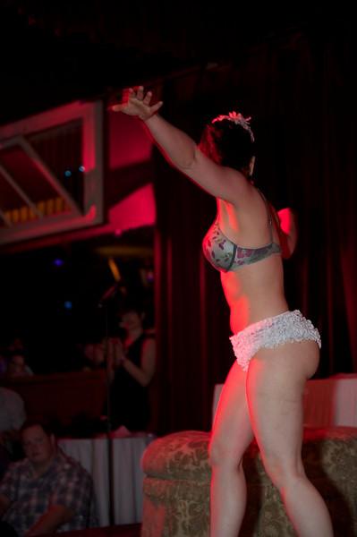 Burlesque101_22611_SIU9923