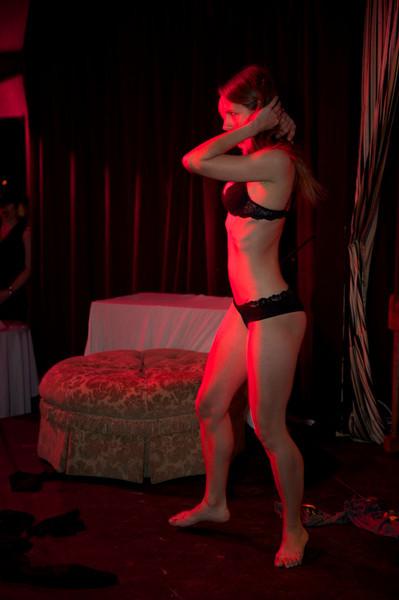 Burlesque101_22611_SIU9904