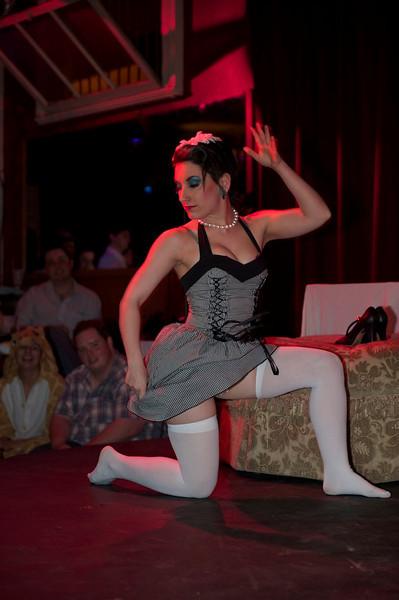 Burlesque101_22611_SIU9913