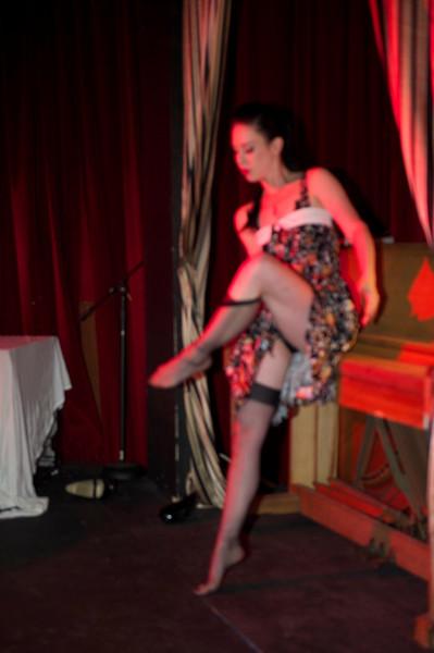 Burlesque101_22611_SIU9771
