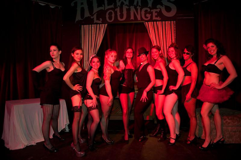 Burlesque101_22611_SIU9994