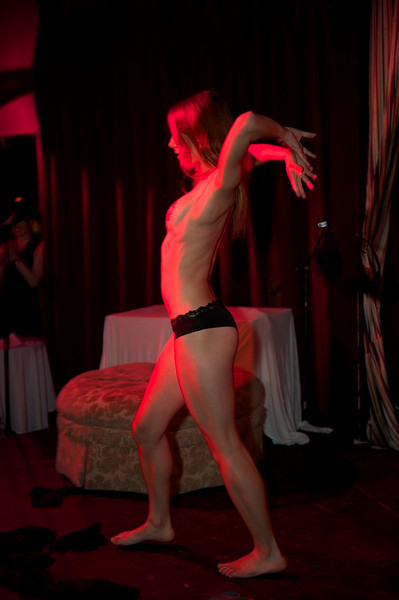 Burlesque101_22611_SIU9906