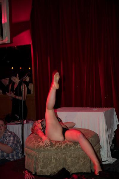 Burlesque101_22611_SIU9812