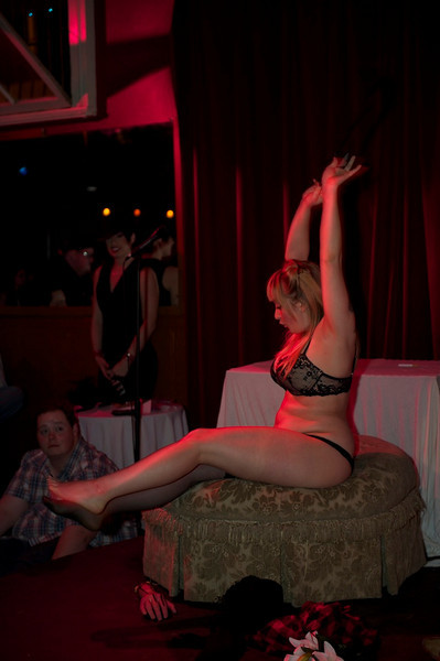 Burlesque101_22611_SIU9811