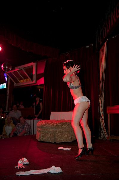 Burlesque101_22611_SIU9933