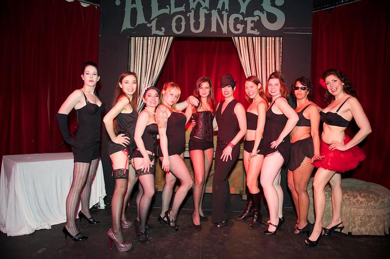 Burlesque101_22611_SIU9995