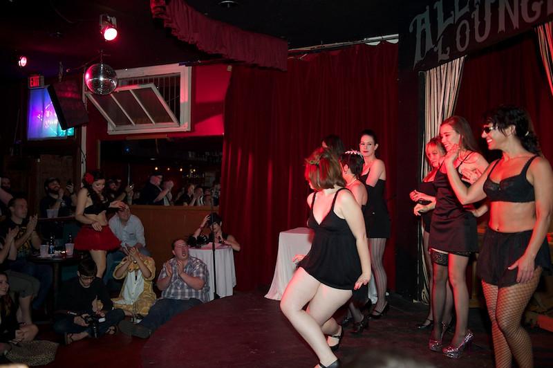 Burlesque101_22611_SIU9991