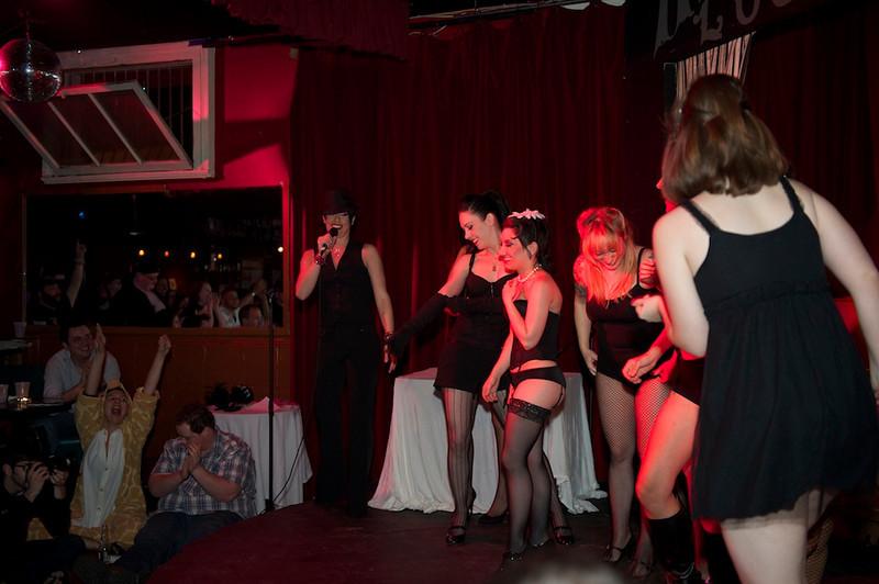 Burlesque101_22611_SIU9987