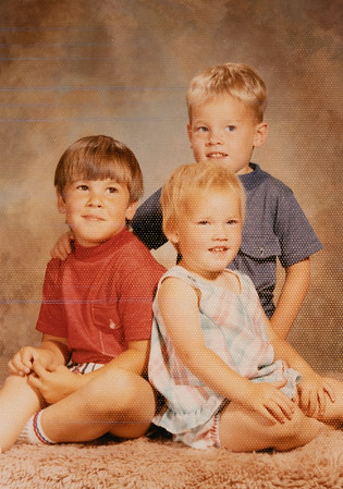 [Greg Rains, David + Julie Reed 1972] This is the picture of the 3 cousins.  Greg did not want his picture taken earlier so we had Jehnee's picture taken alone.  Then, we came back later and Greg hopped right up there with Julie and David.