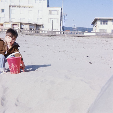 Greg with us at Seaside, while I was pregnant with Jehnee.  He sure looks like Rosalie!!